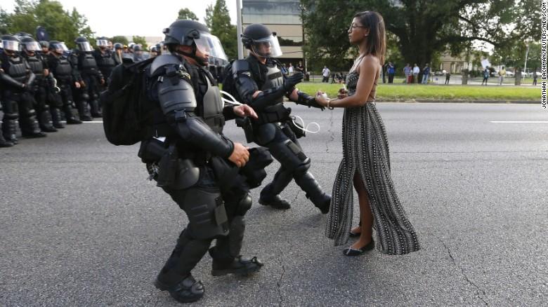 高度安全范围可能保护抗议者和警察